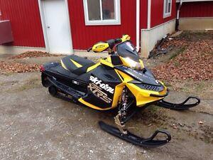 2012 ski doo xrs 800