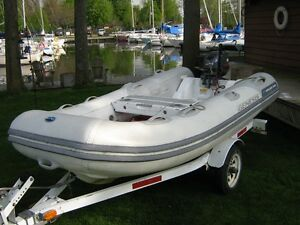 Walker Bay Deluxe RIB 310FTD Inflatable