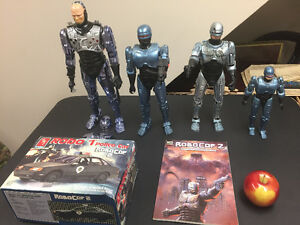 Robocop figures , comic and model car