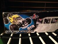 Rc nitro truck and transmitter