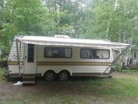 22 foot Holidare trailer
