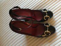Gucci (Genuine) horse-bit wedge shoe Size 38/5