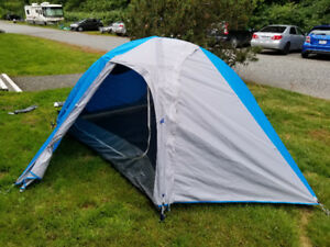 NEW Tent for SALE - 3 PERSON - Mountain Hardware Optic 3.5