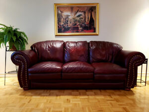 LAST CHANCE: leather couches / divan cuire