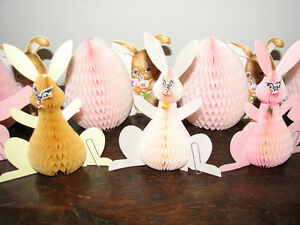 Vintage Easter Bunny Rabbit Honeycomb Tabletop Decoration, Group Kitchener / Waterloo Kitchener Area image 1