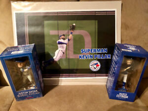 3 BLUE JAYS POSTERS AND 2 BOBBLE HEADS
