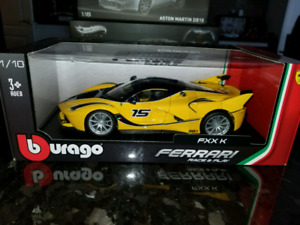 1:18 Diecast Burago Ferrari FXX K Yellow Race & Play