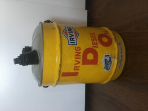 Antique Irving Oil can $150! (Mint)