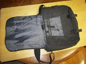 Globe Sport Laptop/Business Bag Windsor Region Ontario image 2