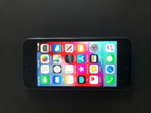 iPhone 5s / 16 GB - UNLOCKED! 70$