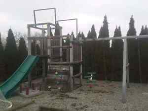 Kids outdoor play set