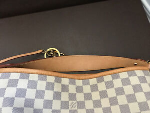 Genuine Louis Vuitton Purse For Sale Kitchener / Waterloo Kitchener Area image 6