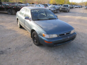 1995 Toyota Corolla ** FOR PARTS ** INSIDE & OUTSIDE **