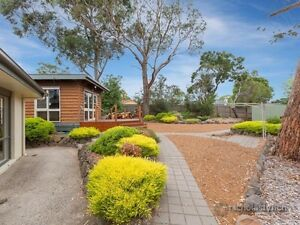 Bungalow - short term - self contained - furnished - incl utilities Mount Eliza Mornington Peninsula Preview