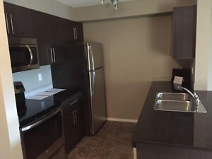 Condo for rent in Airdrie - 2 bedroom/2 bath with Ensuite - 3rd