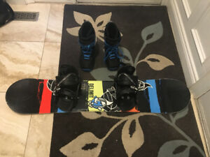 130 cm firefly snowboard barley used with boots and bindings.