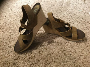 Leather wedge sandal Size 11