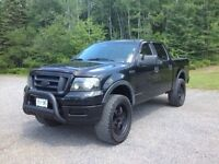 Ford F150 FX4 Crew Cab Lifted