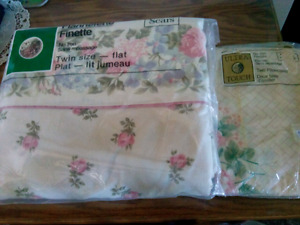 NEW FLANNEL FLAT TWIN SHEETS