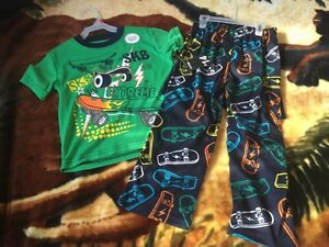 New with tags boys size 4T 3 piece set