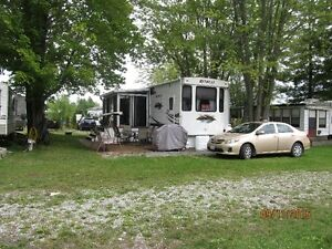 NEW PRICE ON THIS RETREAT TRAILER