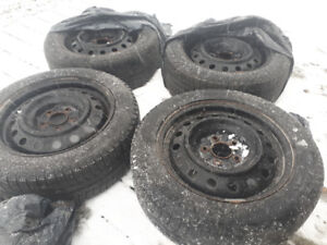 205/55/R16 winter tires and rims (Mazda)