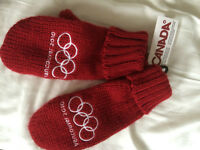 Brand New Vancouver 2010 Olympic Games Gloves!