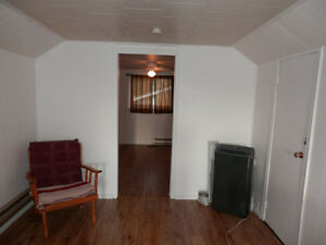 1 bedroom apartment for rent, Lakefield