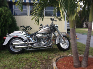 Harley Davidson  Screaming Eagle FLSTF  2005