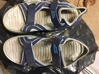 Boys / mens sandals Size 7