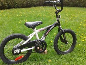 "Velo d'enfant, kids bike, roues 16"" wheels, 4-8 ans/yrs, $60.00"
