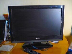 """22"""" Toshiba 22av600uz television"""