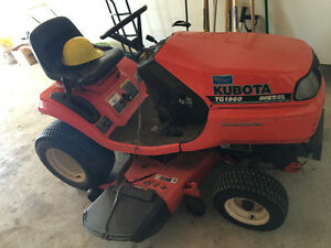 Kubota tractor with accessories included!!