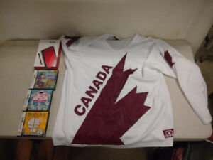 Canada Jersey (med) With Nintendo DS With Games