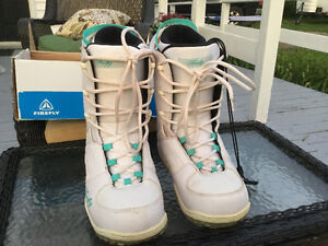 Ladies Snow Boarding Boots
