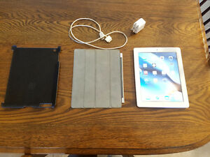 Apple iPad 2 16gb With Smart Cover, Case, and Charger
