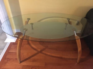 Modern Dining Table for 6 - Excellent Condition