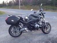 PRICE SLASHED TO SELL NOW - Very Clean 2012 BMW R1200R