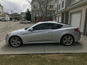 2012 Hyundai Genesis Coupe GT Coupe (2 door)