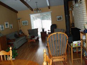 Maison à louer au bord de l'eau Saguenay Saguenay-Lac-Saint-Jean image 4