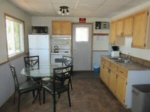 Girls Wknd 4 bdrm Hottub, wood stove, lakeview, campfire