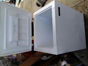 Fridgidaire chest freezer excellent shape 7 cube foot