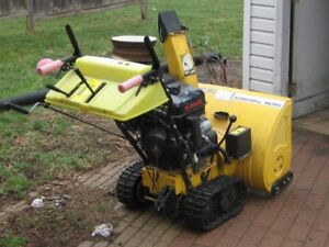 28 inch 11 Horse Track Drive Snow Blower