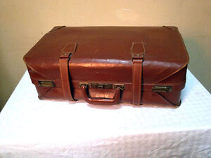 Classic Leather Mid 40's Suitcase SEE VIDEO