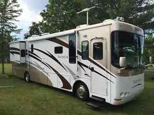 37' Valencia motorhome by THOR