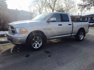 2009 Dodge Power Ram 1500 Crew Cab 4x4 V8 HEMI SLT Pickup Truck