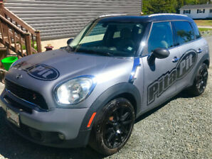 "2012 Mini Cooper ""Countryman"""