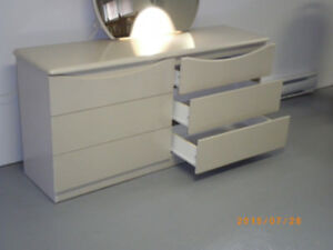 bureau 6 tiroirs avec miroir