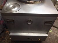 SHAAN TANDOORI CLAY OVEN GAS. EXCELLENT CONDITION. SALE £300.