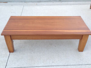 ANTIQUE COFFEE TABLE London Ontario image 7